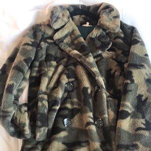 Camp teddy coat
